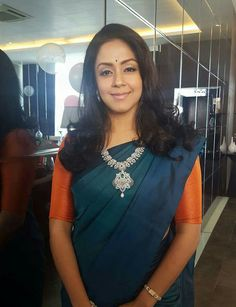 jyothika in diamond mango mala with pretty leafy pendant and bangle Blue Silk Saree, Indian Silk Sarees, Yellow Saree, Pink Saree, Plain Saree With Heavy Blouse, Diwali Dresses, Silk Saree Kanchipuram, Modern Saree, Designer Sarees