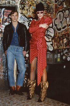 The complete Alexandre Vauthier Fall 2018 Ready-to-Wear fashion show now on Vogue Runway. Alexandre Vauthier, Fashion News, Fashion Models, Fashion Outfits, Fashion Clothes, Fashion Brand, Women's Fashion, Vogue Paris, Paris Fashion