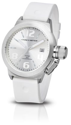 "The Silicon ""Voyager"" is the perfect watch for the carefree and relaxed individual. Available in seven different colours to suit your own personal mood and style. From sporty, to casual, to fashion forward, it's all about having fun and enjoying life.   https://www.tomcarterwatch.com/en/collection/voyager/tom104"