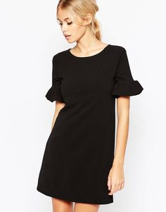 Buy it now. Hedonia Pearl Shift Dress - Black. Dress by Hedonia, Stretch woven fabric, Round neckline, Frilled cuffs, A-line cut, Regular fit - true to size, Hand wash, 96% Polyester, 4% Elastane, Our model wears a UK 8/EU 36/US 4 and is 168cm/5'6 tall. , vestidoinformal, casual, camiseta, playeros, informales, túnica, estilocamiseta, camisola, vestidodealgodón, vestidosdealgodón, verano, informal, playa, playero, capa, capas, vestidobabydoll, camisole, túnica, shift, pleat, pleated, drap...