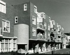 Woningbouw met voorzieningen Oude Westen / Housing and facilities Oude Westen ( W.G. Quist )