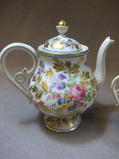 Beautiful Antique Limoges Teapot!