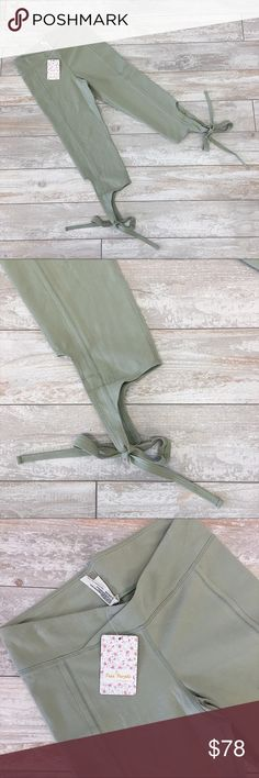 """NWT Free People Turnout Leggings Totally cool """"Turnout Leggings"""" from Free People feature capri fit and tie leg detail! Love this light moss green for spring! New with tags, never worn!   👉🏼 price is firm, unless bundled... 👉🏼 Bundle with one more item for an instant 20% off! 👉🏼 Sorry, no try-ons or trades. 👉🏼 Check out my closet for these leggings in BLUE and lots more cute stuff! Free People Pants Leggings"""