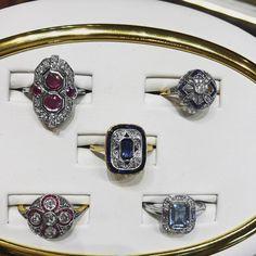 Art Deco Ruby and Diamond Ring Art Deco Ring, Art Deco Jewelry, Art Deco Colors, Jewelry King, Ruby Sapphire, Art Deco Period, Vintage Jewellery, Vintage Diamond, Fashion Bracelets