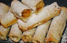 Μια καταπληκτική ιδέα του Βασίλη Καλλίδη για μηλοπιτάκια με ψωμί του τοστ με κάποιες μικρές αλλαγές για να την φέρω στα μέτρα μου! Πρέπει να τα δοκιμάσετε!! Υλικά: 10-12 ψωμί