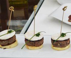 Mini-hambúrguer Sol Triunfal | Carnes > Receitas de Hambúrguer | Mais Você - Receitas Gshow