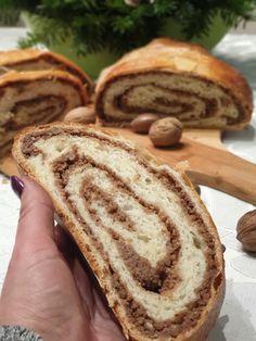 Nadýchaný Orechovník | Recepty - Mykitchendiary.sk Bread, Food, Basket, Breads, Baking, Meals, Yemek, Sandwich Loaf, Eten