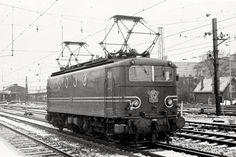 Thomas And Friends, Utrecht, Locomotive, Locs, Winter Rain, Black And White Photography, Netherlands, Dutch, Diesel