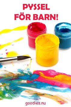 Ladda ner och skriv ut roliga pyssel till barnen från goodies.nu #pyssel #aktiviteter #hemma #gratis #målarblad Goodies, Sweet Like Candy, Treats, Gummi Candy, Sweets