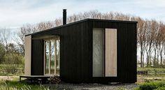 Ark Shelter Off Grid Cabin Diy Log Cabin, Log Cabin Kits, Cabin Ideas, Off Grid House, Off Grid Cabin, Garden Pods, Off Grid Homestead, Architecture Student, Off The Grid