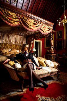 Steampunk Stephanie Ashton. (Fashion Photography: Tiffany Lin) #photographer  #fashionphotographer #portraitphotogrpaher #portrait #maunselhouse #hotelroom #red #luxury #fashionphotography #portraitphotography