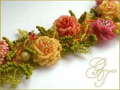 User Album moonperl: New Rococo Embroidery Bracelets, Bead Embroidery Jewelry, Beaded Jewelry Patterns, Beaded Embroidery, Beading Patterns, Beaded Bracelets, Seed Bead Flowers, Beaded Flowers, Bead Jewellery