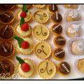 Mignardises Voici des petits fours que j'ai réalisé ce week end pour un mariage. Mini tartelette mousse au chocolat :Pour 20 Pièces :- 1...