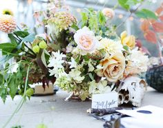 Peaches and cream | Floral design by Saipua | Photo by Angelica Glass