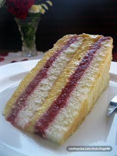 Voćna torta 3 u 1 :D — Coolinarika Healthy Cake Recipes, Fruit Recipes, Desert Recipes, Sweet Recipes, Baking Recipes, Brze Torte, Rodjendanske Torte, Torte Recepti, Deserts