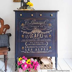 Love how Denise used our Somewhere In France Decor Transfer™️💙 ・・・ This glamourous piece is definitely going for 'Gold' 🥰 Swipe left to check out more details on this piece and the before look. Furniture Wax, Furniture Makeover, Painted Furniture, Furniture Refinishing, Painted Dressers, Funky Furniture, Repurposed Furniture, Furniture Ideas, Country Furniture