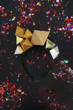 DIY Paper Gemstone Crown - perfect party hat craft for NYE (New Years Eve)