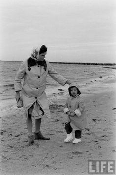 Мобильный LiveInternet «LiFE» — фотоархив ДЖЕКИ И КЭРОЛАЙН КЕННЕДИ, 1960   Bo4kaMeda - То, что время пощадило, то, что память сберегла  
