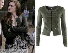 Lydia Martin (Holland Roden) wears this green military style cardigan in this episode of Teen Wolf. It is the H&M military cardigan. Sold Out. Teen Wolf Fashion, Teen Wolf Outfits, Fashion Tv, Fashion Outfits, Lydia Martin Style, Lydia Martin Outfits, Tv Show Outfits, Cute Outfits, Girly Outfits