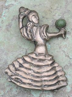 LARGE VINTAGE MEXICAN STERLING SILVER COSTUMED DANCER WOMAN BROOCH PIN