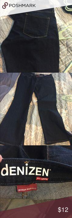 Levi's Denizen jeans Size 18 short Levi's denizen jeans. Bootcut and in great condition. Levi's Jeans Boot Cut