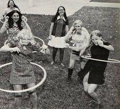 "vintagefashionandbeauty: "" Teen girls hula hooping, c. late (x) "" Hooping Clothes, Vintage Photographs, Vintage Photos, 1980s Pop Culture, Coach, Modern Dance, Female Poses, Historical Photos, Old Photos"