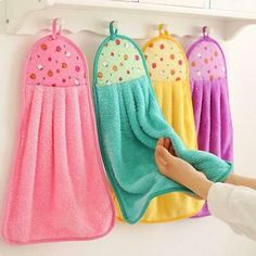 Advertisement - Soft Hand Towel Absorbent Dishcloths Hanging Lint Free Cloth Kitchen Accessories
