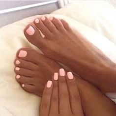 Light pink nails, tan skin