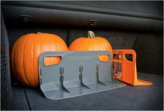 STAYHOLD simple and clever, to hold things in place in the trunk of the car.