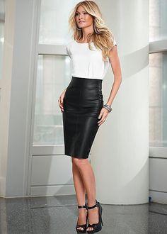 a75882b7aba326 Shiny Skirts. Zwarte Lederen RokkenLederen JurkenRok Outfits Bescheiden Potlood ...