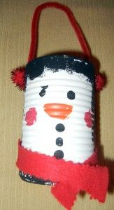 Christmas Craft :: Soup Can Snowman on http://www.stockpilingmoms.com