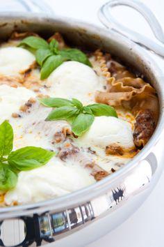 Skillet Lasagna by EclecticRecipes.com #recipe