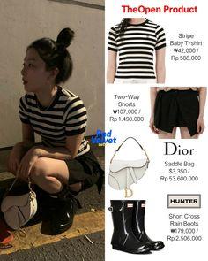 Dior Saddle Bag, Saddle Bags, Red Velvet, Velvet Style, Kpop Fashion Outfits, Velvet Fashion, Seulgi, Rain Boots, Stylists