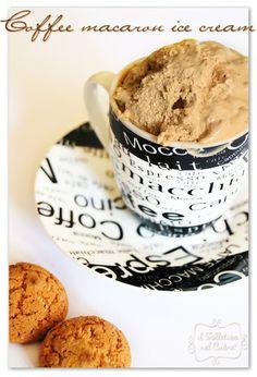gelato al caffè ed amaretti