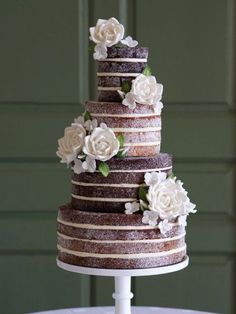 Must-ask questions for your wedding cake maker. Cake by Anna Couture Cakes #weddingcake