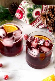 The right balance of sweet and tart, with the warmth of bourbon and subtle orange tones. This Cranberry Maple Bourbon Cocktail is bright, delicious, and perfect for the holiday season! Cranberry Cocktail, Cocktail Garnish, Champagne Cocktail, Cocktail Recipes, Drink Recipes, Syrup Recipes, Cocktail Desserts, Cocktail Drinks, Smoothie Recipes