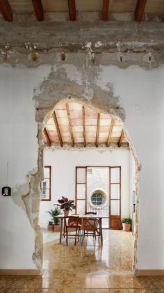 *적은 예산으로 완성된 스페인 재건축 프로젝트-[ Carles Oliver ] St. Miquel 19 Refurbishment :: 5osA: [오사]