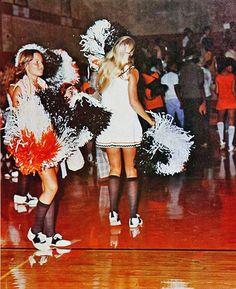 vintage everyday: Vintage Cheerleader Pictures from School Cheerleading, Cheerleading Pictures, Cheerleading Uniforms, 1980s Pop Culture, Band Uniforms, Witch Costumes, Saddle Shoes, School Dresses, Pretty Images