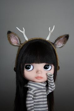 Blythe was my favorite doll as a kid. I love what modern artists are doing with her.