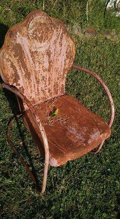 Interstate vintage metal pre WW2 metal chair.