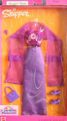 Barbie 90s, Barbie Skipper, Barbie Clothes, Barbie Dolls, Barbie Outfits, Lego Coloring, American Girl Furniture, Glue Gun Crafts, Friends Set