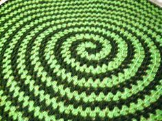 Spiral Round Granny Blanket - wanna do something like this for a rug.