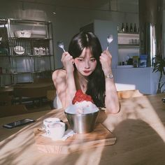Aesthetic People, Aesthetic Girl, Korean Picture, Photo Instagram, Instagram Posts, Korean Girl Fashion, Women's Fashion, Jung Yoon, Cute Korean