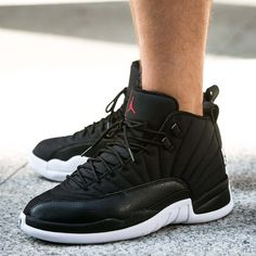 36 best Sneakers images on Pinterest   Shoes, Footwear and Nike air ... 232e7582fd