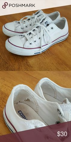White Converse! It's been worn handful of time.it is in a very good condition. Converse Shoes Sneakers