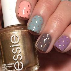 Gold Polka Dots Nail Design