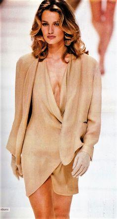 Karen Mulder walked for Armani Ready to Wear Spring/Summer 1991