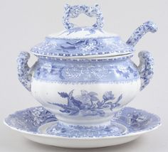 Archive of items sold in the past, providing a research resource of china and pottery makers and patterns. Blue And White China, Blue China, Love Blue, Porcelain Ceramics, White Ceramics, Ceramic Art, Blue Dishes, White Dishes, Vintage Dishes