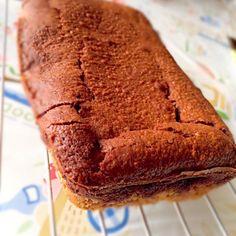 ビスケットをしいてザクザクのチョコケーキを焼きました( ﹡ˆ ˆ﹡ ) 本日の長女さんおやつ♡ - 65件のもぐもぐ - ザクザクチョコケーキ by 9629