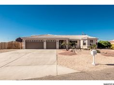 3823 Solar Ct, Lake Havasu City - * Just Listed *  3/2 pool home on corner lot with split floor plan, vaulted ceilings, tile roof, rear kitchen with eat at bar, 3 car garage with 35' bay and 8' doors, side RV parking, just houses away from open desert access...  http://www.homesearchlakehavasu.com/property/934058/  #LakeHavasu #HavasuLew #NoBadDays #Havasu #JustListed #HavasuHomes #LakeLife #RiverLife #HavasuLife